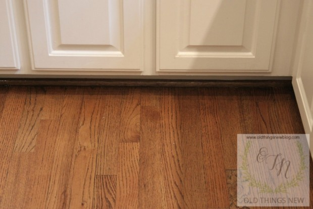 Old things new why not to wax your hardwood floors for Hardwood floors not shiny