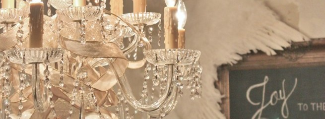 How to Decorate a Chandy for the Holidays