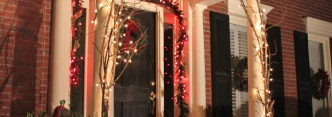 Decorating for Christmas – A Very Griswold Experience